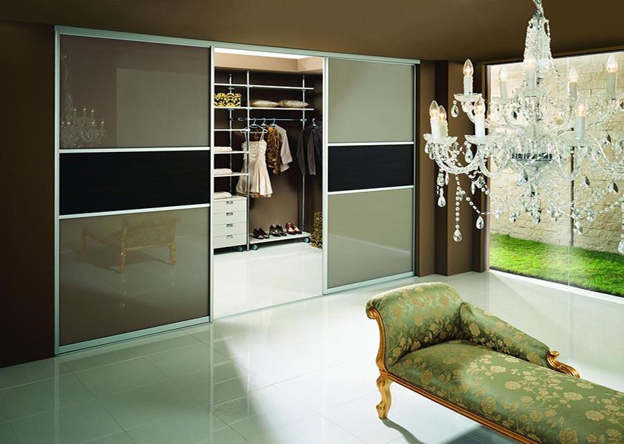 Дизайн дверей купе на гардеробные